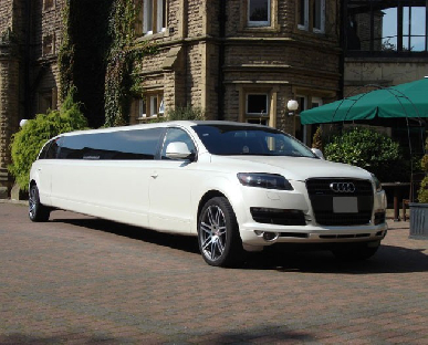 Limo Hire in Denbigh