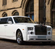 Rolls Royce Phantom Limo in Lliw Valey
